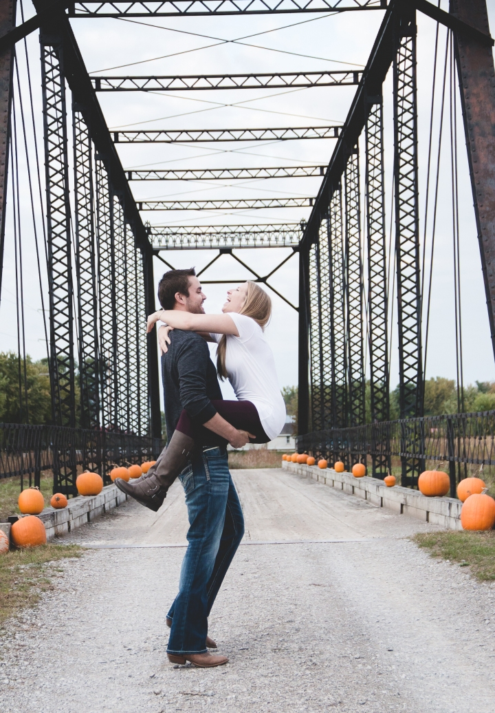 Allen-Hovey_Engagement_Frankenmuth_Blog_10